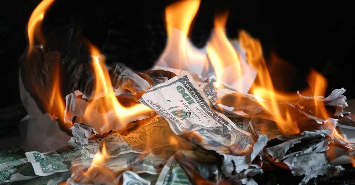 Scheitern und Insolvenz: Brennendes Geld