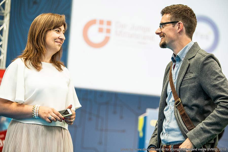 Matthias Barth und Larissa Wasserthal auf der CEBIT