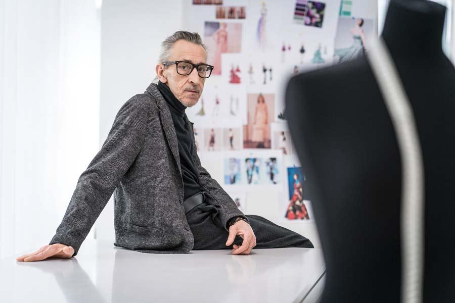 Beispiel: Selbständiger Kreativer in seinem Atelier